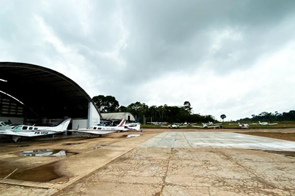 https://www.piquiatuba.com.br/wp-content/uploads/2020/12/piquiatuba-taxi-aereo-1.jpg